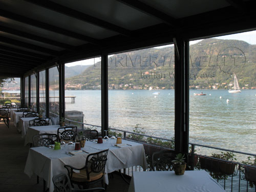 Restaurant on shore, Garda