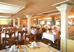 Ristorante panoramico M/nave World 5 stelle lusso