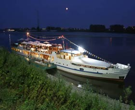 Events and parties aboard the river ship