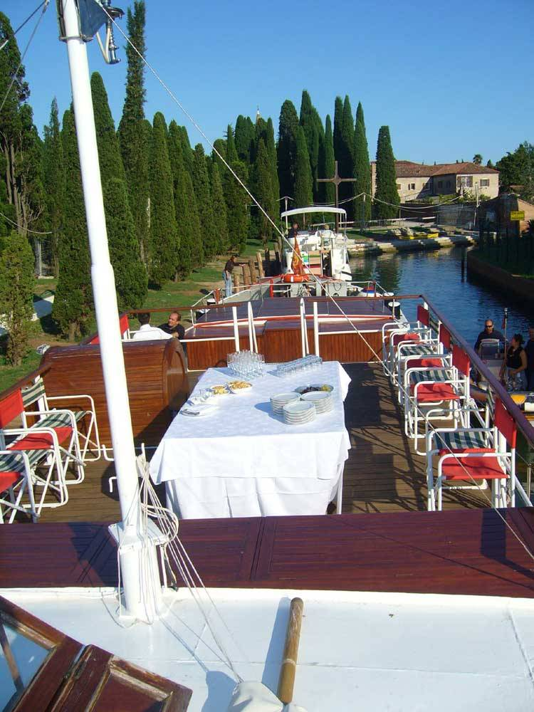 Catering service aboars a river ship in Venice