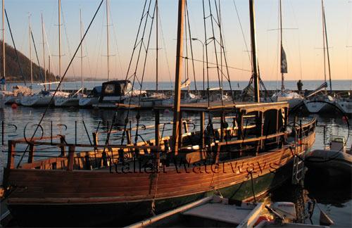 Cerco barca in regalo la cura dello yacht for Cerco oggetti usati in regalo